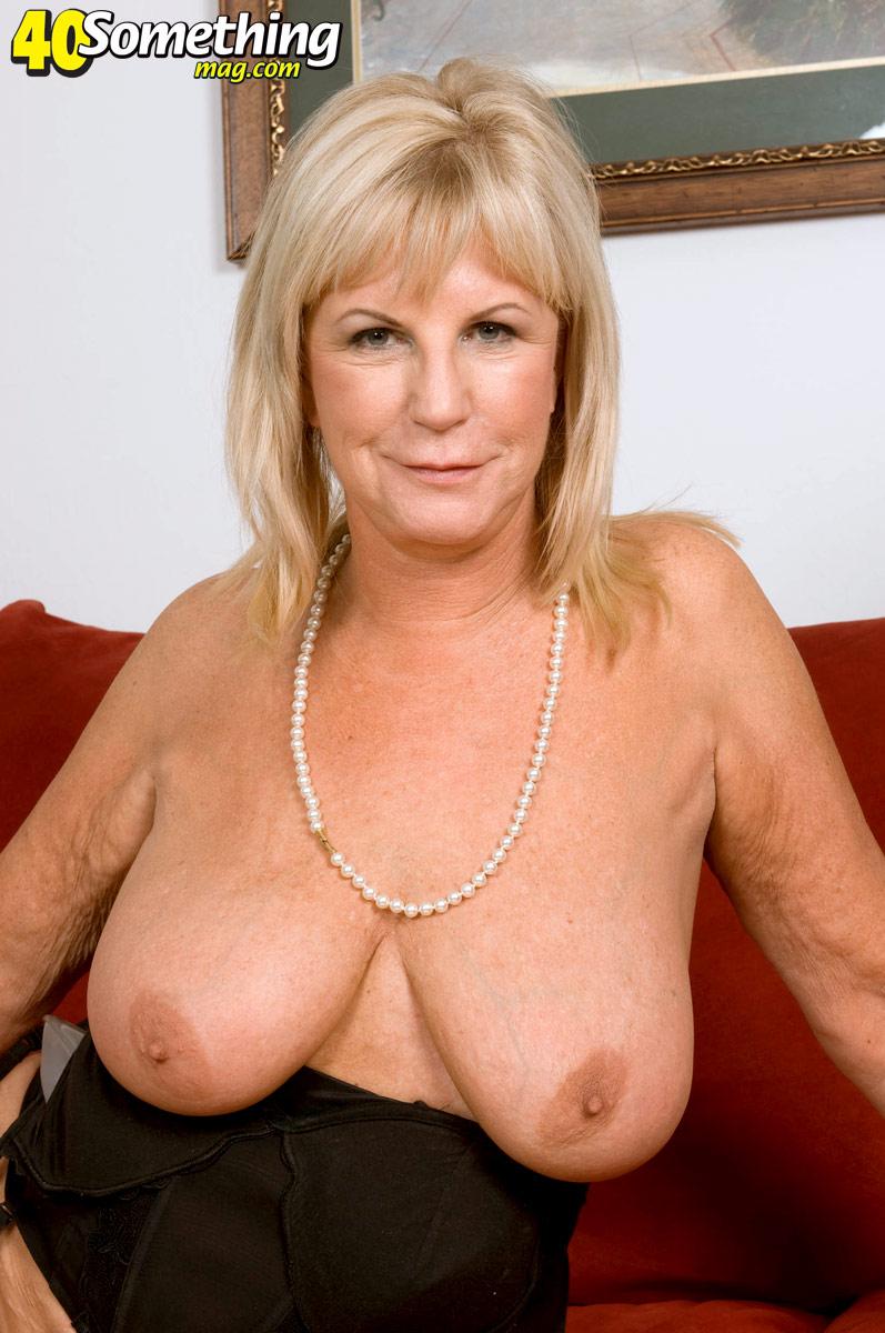 Free hairy granny pussy sex vids