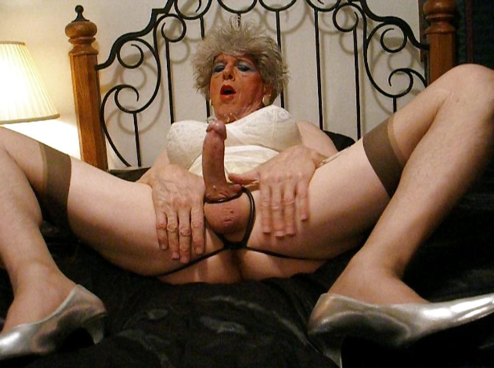 смотреть порно бабушек трансвеститов
