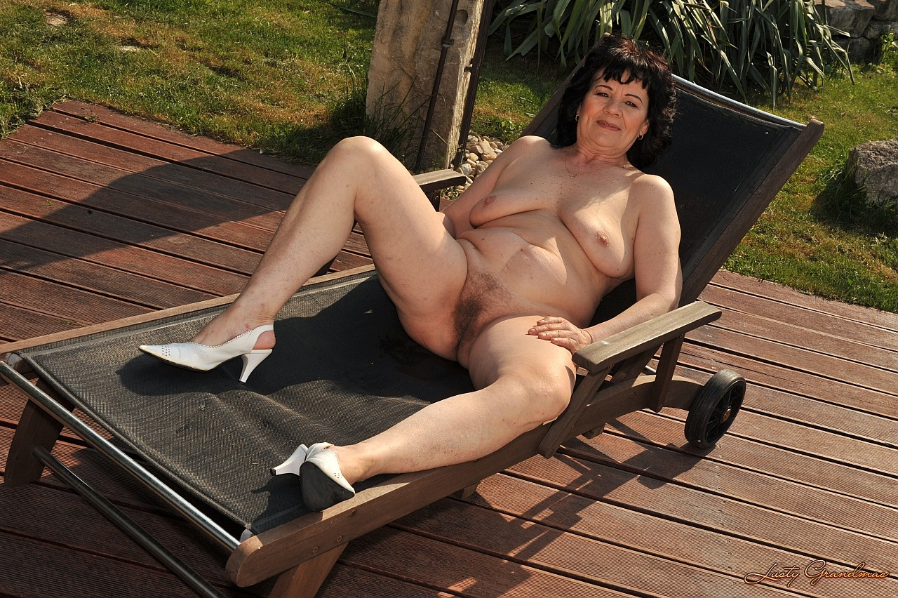 Секс у тещи на даче 1 фотография