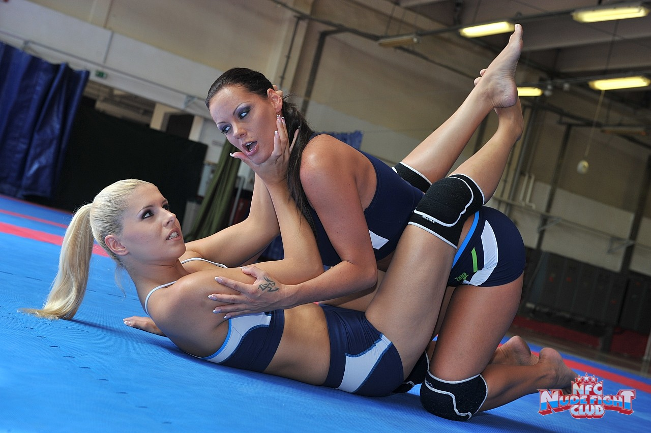 Women hd catfight pics free download erotic pictures