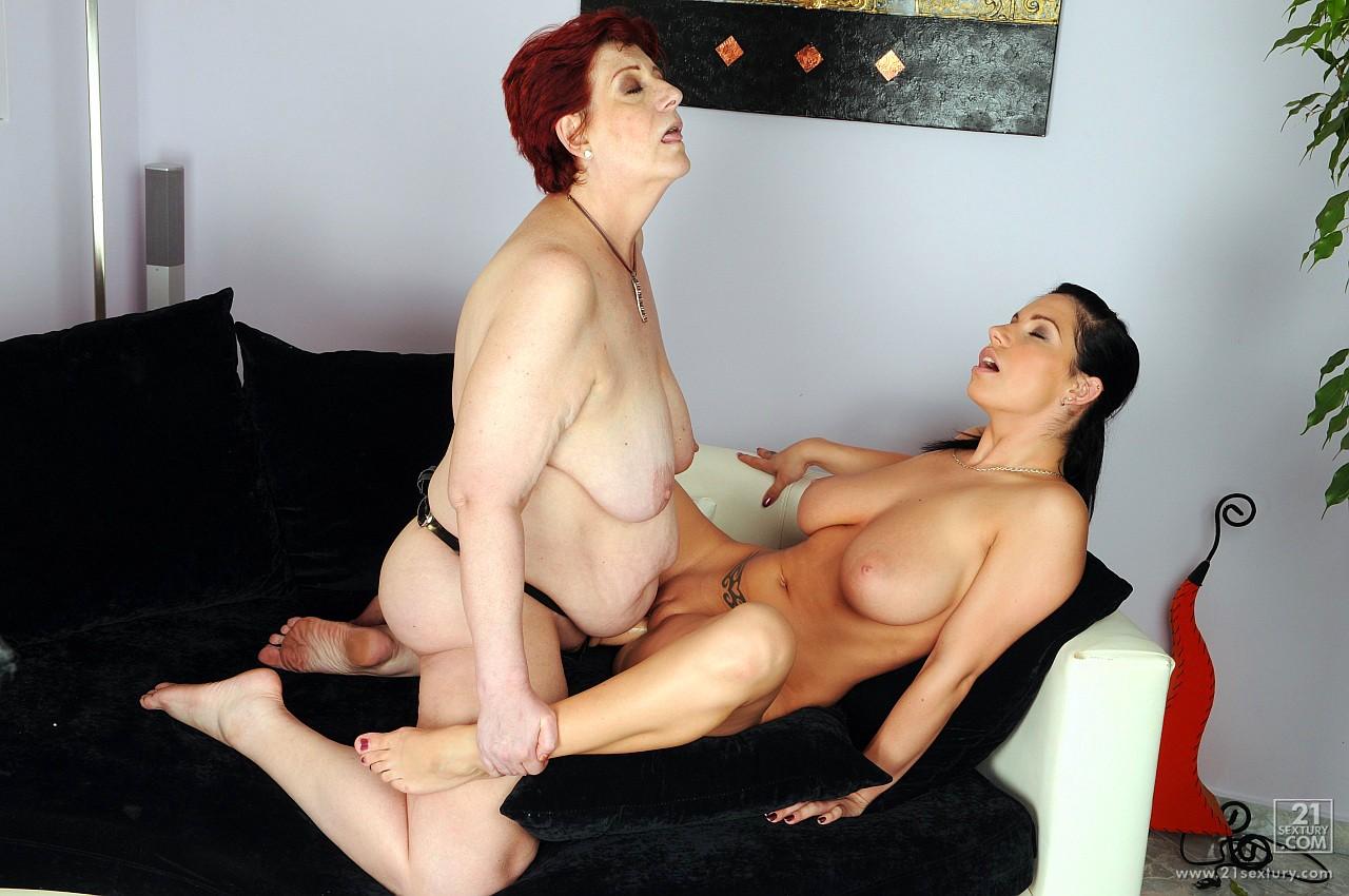 Правы. Давайте порно лесби бабушки страпон