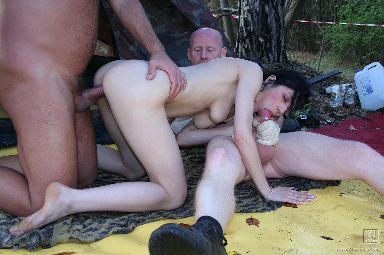 seks-na-ulitse-ot-pervogo-litsa