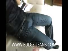 public-jeans-bulge