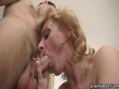 young-guy-picks-up-old-blonde-and-fucks-her-pussy-hard