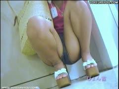 uniform-girls-panties-released-outdoor