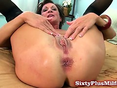 mature amateur loves backdoor sex