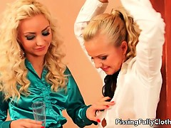 sweet-tied-blonde-babe-gets-her-leg-part6