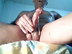 wonderfull-masturbating-and-big-orgasm