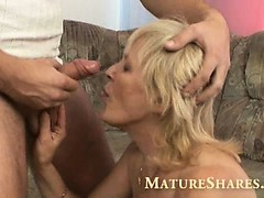 blonde-granny-with-nice-bald-cunt