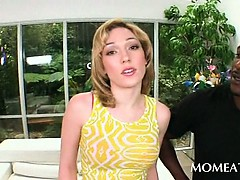 blonde-housewife-seducing-her-handsome-black-neighbor