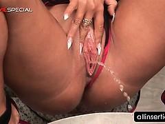 pussy-dildo-fucking-for-busty-brunette-sex-bomb