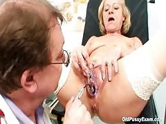 blond-granny-squirting-during-a-gyno-checkup