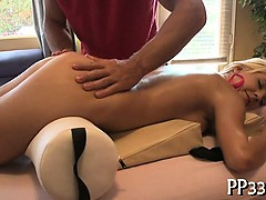 steamy-hot-body-massage