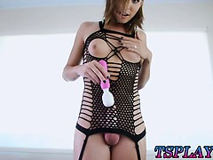 Big Boobs Tranny Sienna Grace Solo Masturbation With A Wand