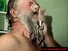 old-mature-hairy-redneck-bears-showering