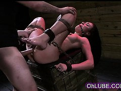 brunette-beauty-tied-and-fucked-by-machine
