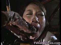poor-schoolgirl-fucked-by-tentacles