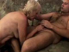 granny plumper on top granny sex movies