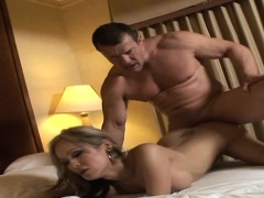 Cock Riding Stunning Shemale Hoe