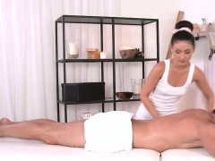 masseuse-giving-dick-massage-and-fucking
