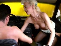 german-is-fucked-in-car-washing