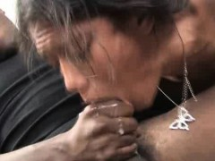 dirty-black-hood-rat-choking-and-gagging-during-face-fuck