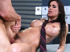 Gia Dimarco Fucking And Sucks At Massage