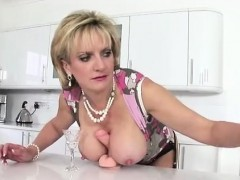 lady-sonia-sucks-and-tugs-dildo