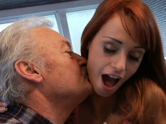 lucky-oldman-fucks-with-super-sexy-babe-erica-fontes