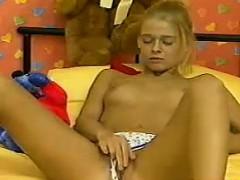 sweet-blonde-strips-and-masturbates
