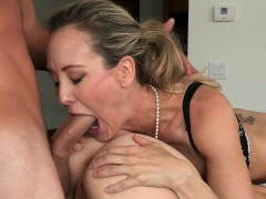 Love Is In The Bare With Brandi Love and Taylor Whyte