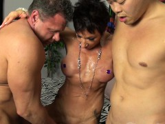 anna-phoenixxx-takes-2-facefuls