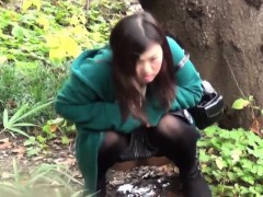 Sporty Asian Teen Piss