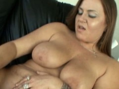 2-milf-or-mom-make-her-first-lesbian-experience