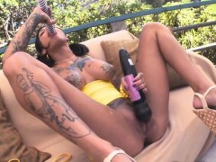 bonnie-rotten-squirts-so-hard-that-her-asshole-prolapses