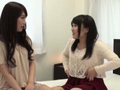 asian-lesbians-muffdive