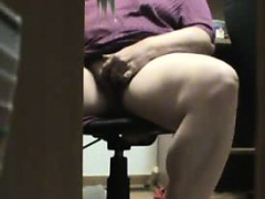 mum-caught-masturbating-under-the-desk