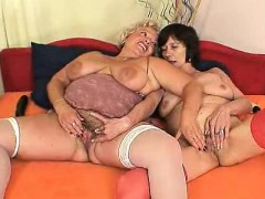 well-rounded-blondie-mamma-gets-her-pussy-drilled-by-other