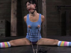 drooling-sub-in-electrosex-punishment