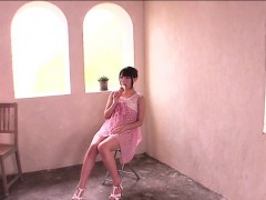 japanese-ria-gives-an-ice-cream-blowjob