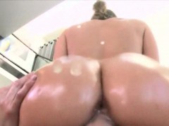 huge-booty-bitch-jamie-jackson-slammed-by-monstercock