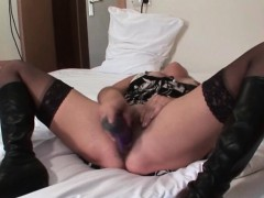 lusty-mature-orgasming-from-a-dildo-fuck