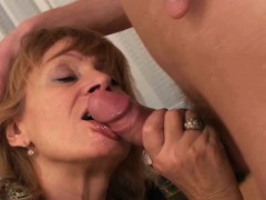 unload-your-cock-on-mom