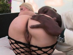 juicy-butt-blonde-anal-fucked-by-big-black-dick