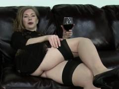 fat-mature-woman-in-stockings-teasing