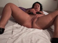 mature-hottie-spreads-legs-and-rubs-pussy