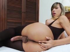 sweet-tranny-keyce-bittencourt-loves-her-big-tits