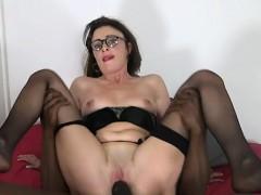 sexy-cowgirl-close-up-orgasm