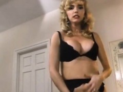 crystal-wilder-nikki-dial-jon-dough-in-classic-fuck-video