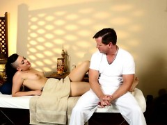 very-tricky-spa-of-beautiful-masseur